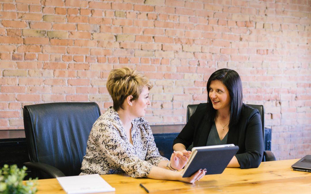Empfehlungs-Marketing: Wenn Mitarbeiter für ihr Unternehmen werben – wo ist die Grenze?